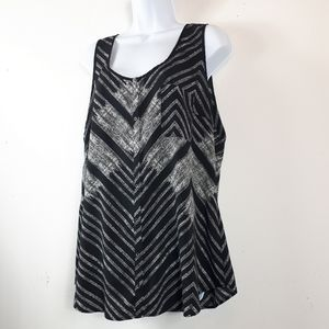 Le Château Button Down Black/White Sleeveless Top